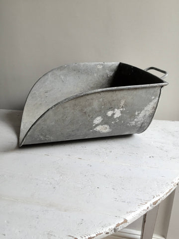 Large Vintage Galvanised Feed/Grain Scoop - Decorative Antiques UK  - 1