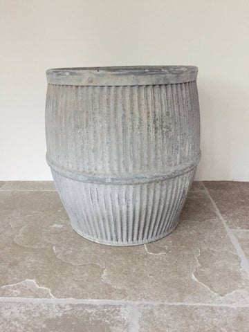 Vintage Galvanized Dolly Tub Planter - Decorative Antiques UK  - 1