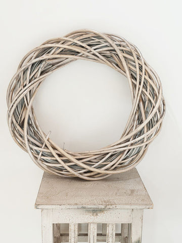 Lovely Rustic Willow Wreaths - Decorative Antiques UK  - 1