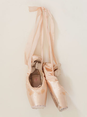 Collection of Old Pink Ballet Pointe Shoes - Decorative Antiques UK  - 1