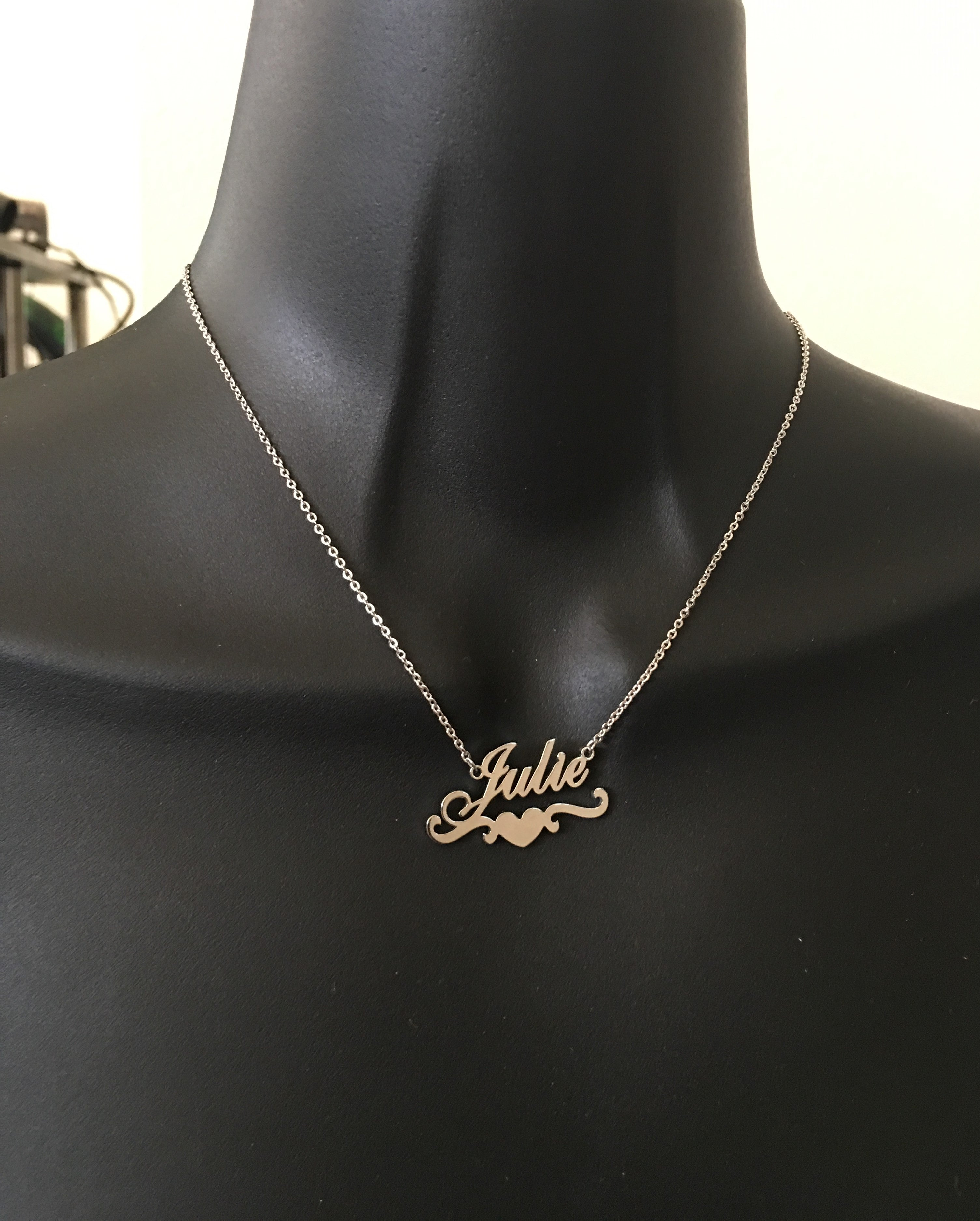 Personalized, heart underlined name necklace