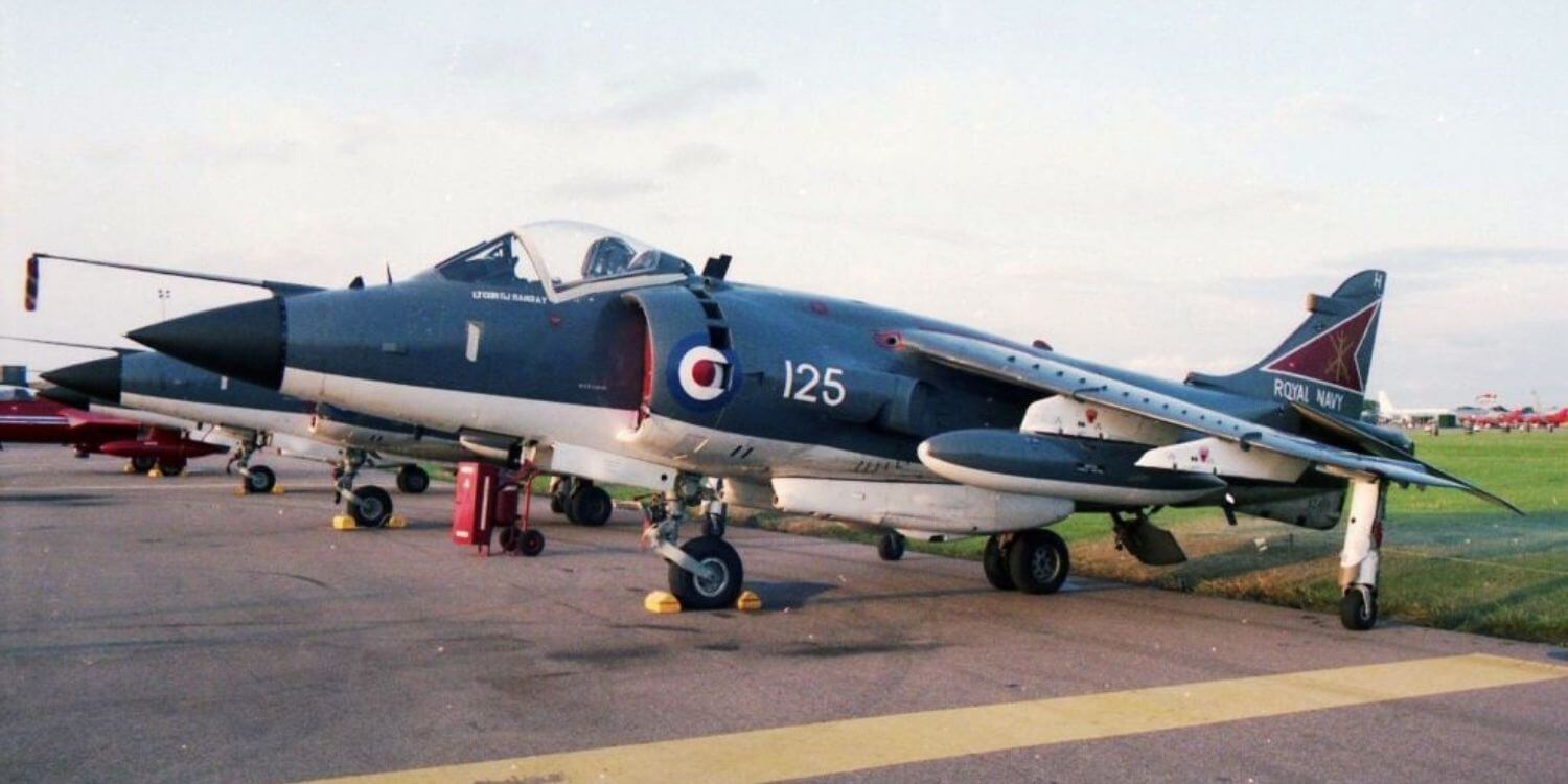Seaharrier FRS1