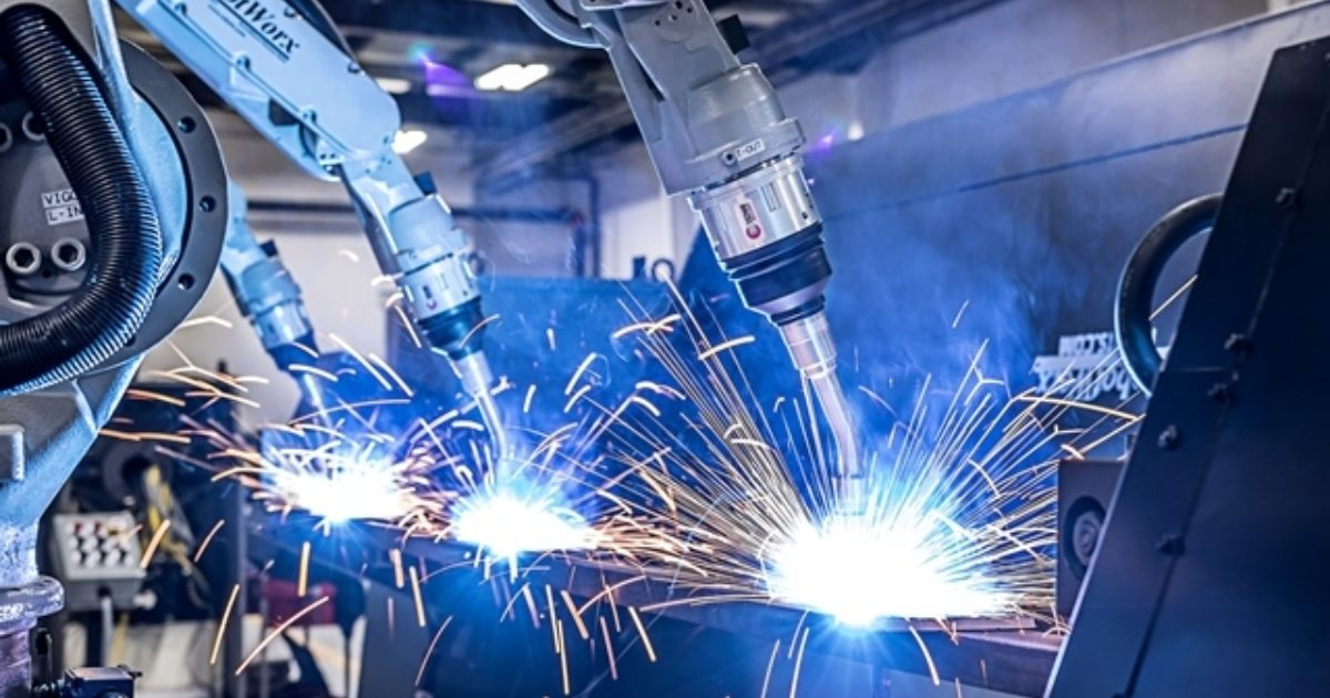 Robot or manual welding - which is better?