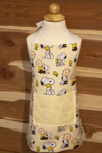 Charlie Brown and Snoopy Child Apron and Chef Hat CedarHill Country Market