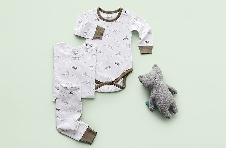 sapling child organic baby wear bunny onesie
