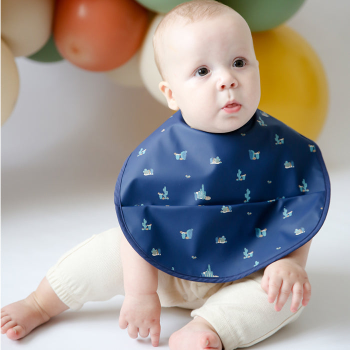Snuggle Bib Waterproof in Arizona