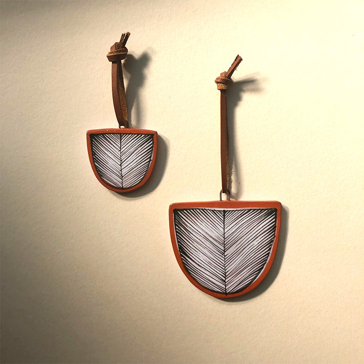 KHAMRA TERRA COTTA WALL HANGING / ORNAMENTS