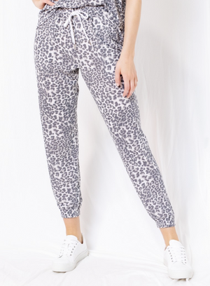 Load image into Gallery viewer, Drawstring Leopard Print Jogger