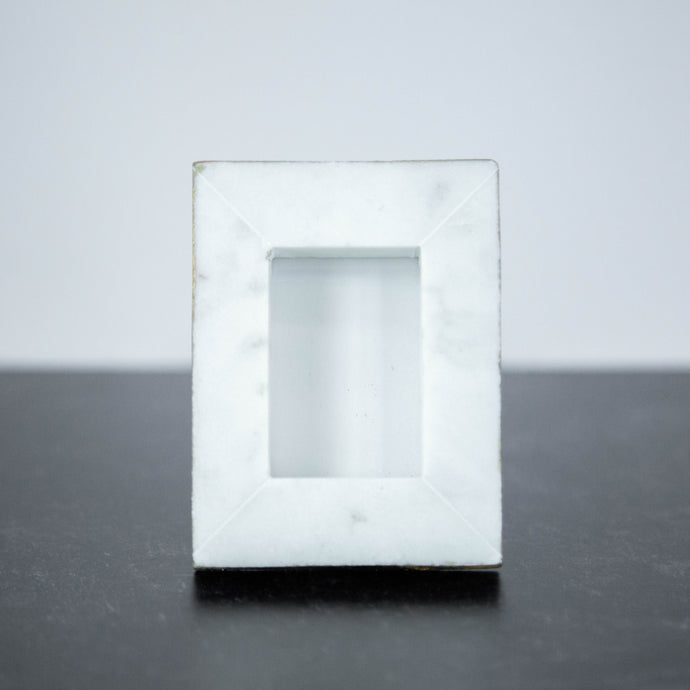 Marble Mini Rectangle Frame with Gold Detail 3.5