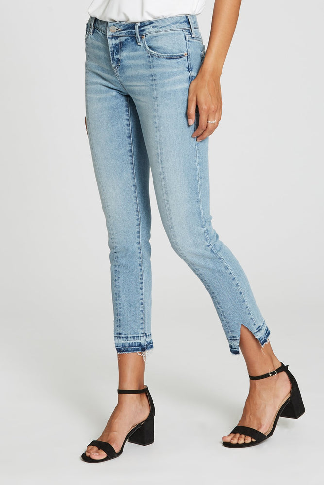 Load image into Gallery viewer, Elise Slim Straight Jeans