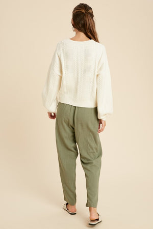 Cable Knit Pullover Sweater Cream