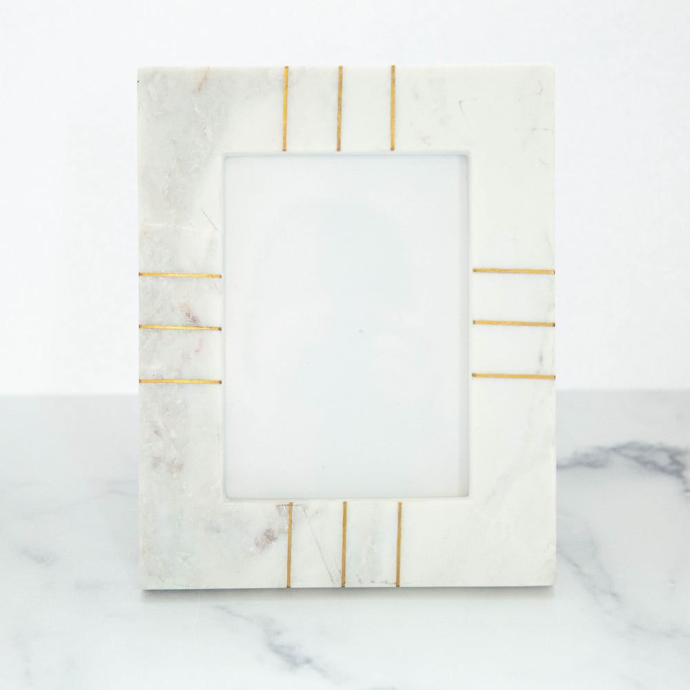 "White Mable Frame with Brass Inlay 5""x7"""