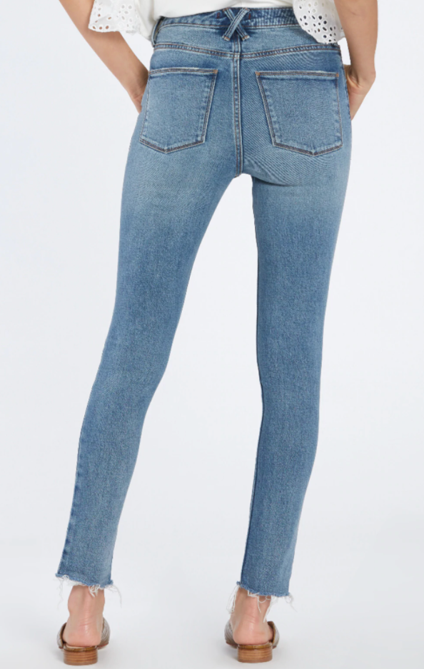 Load image into Gallery viewer, Olivia Super Highrise Jeans