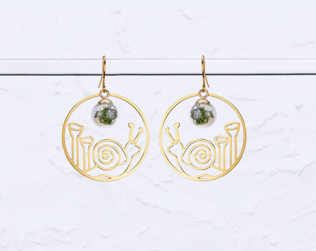 A Tea Leaf Jewelry - Snail & Pixie Cups Lichen with Terrarium Earrings