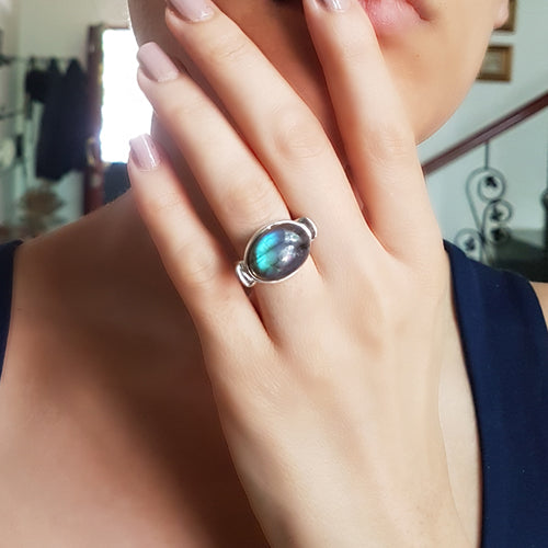 Feature Ring Labradorite Ring | Sterling Silver