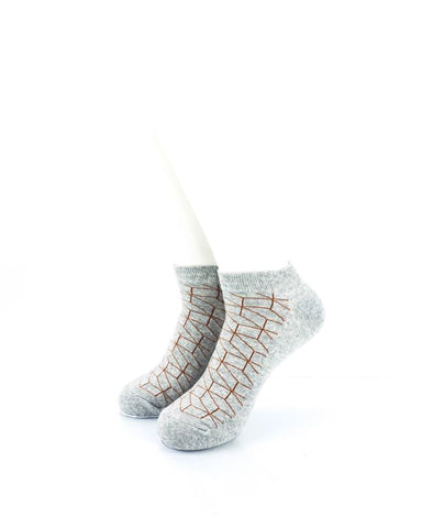CoolDeSocks 3D Cubes Wire Grey Ankle Socks front view image