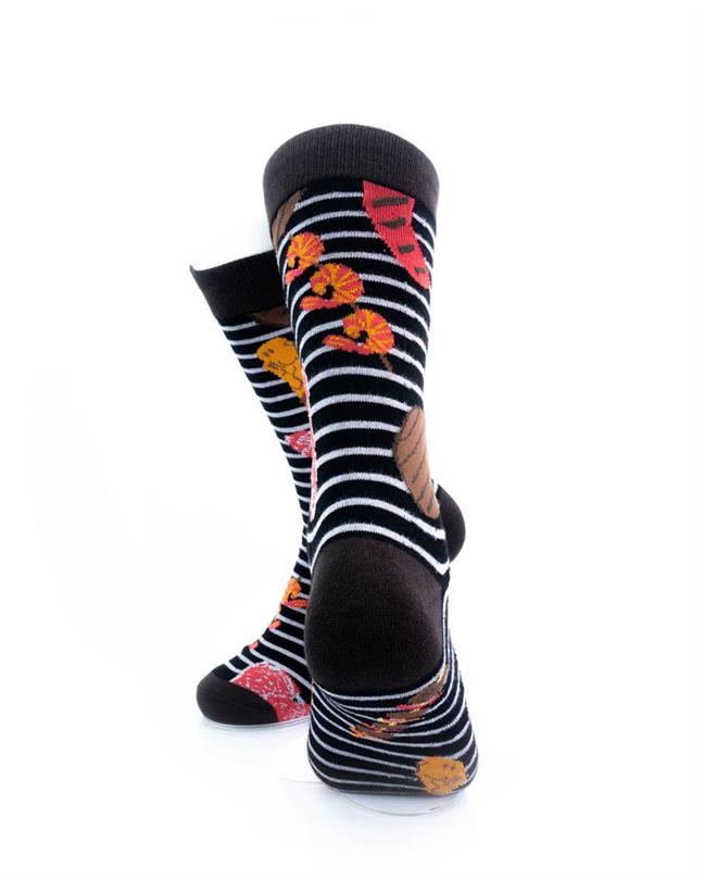 cooldesocks barbeque grill crew socks rear view
