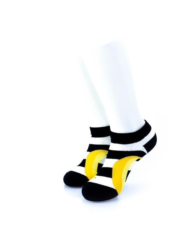 CoolDeSocks BW Stripe Banana Socks front view image