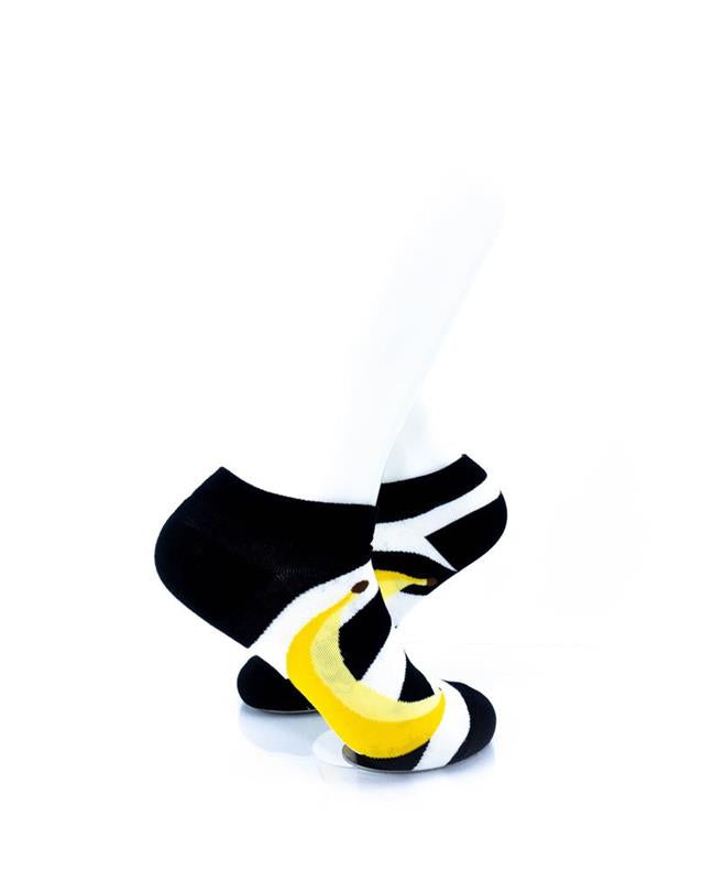 CoolDeSocks BW Stripe Banana Socks right view image