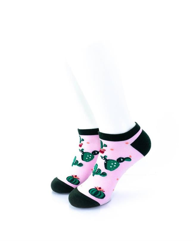 cooldesocks cactus in pink ankle socks front view