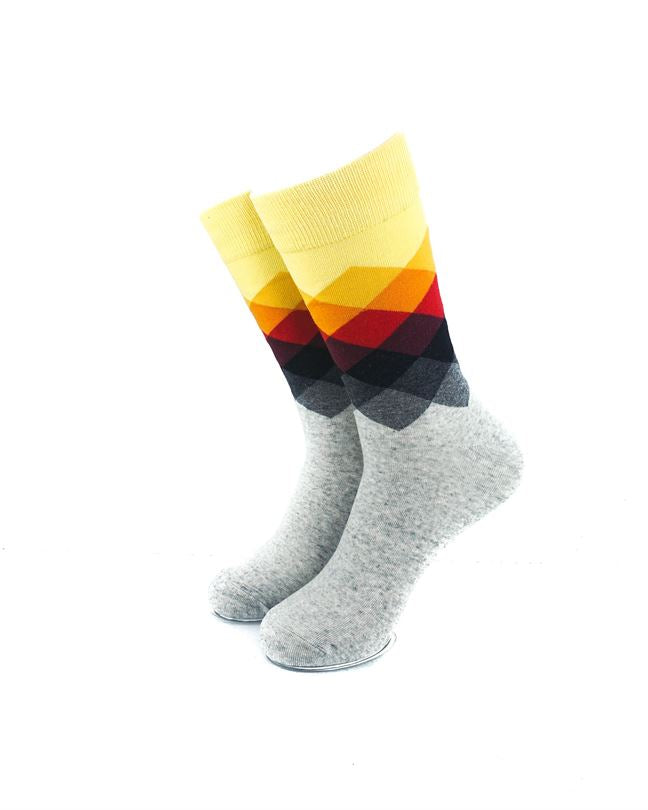 CoolDeSocks Checkered - Yellow Gray Socks front view image