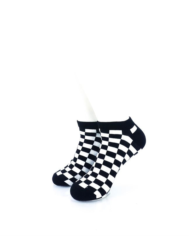 CoolDeSocks Checkers Black White Ankle Socks front view image
