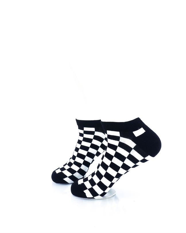 CoolDeSocks Checkers Black White Ankle Socks left view image