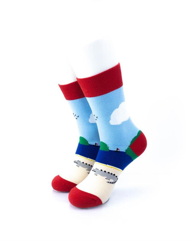 CoolDeSocks Crocodile Resort Socks front view image