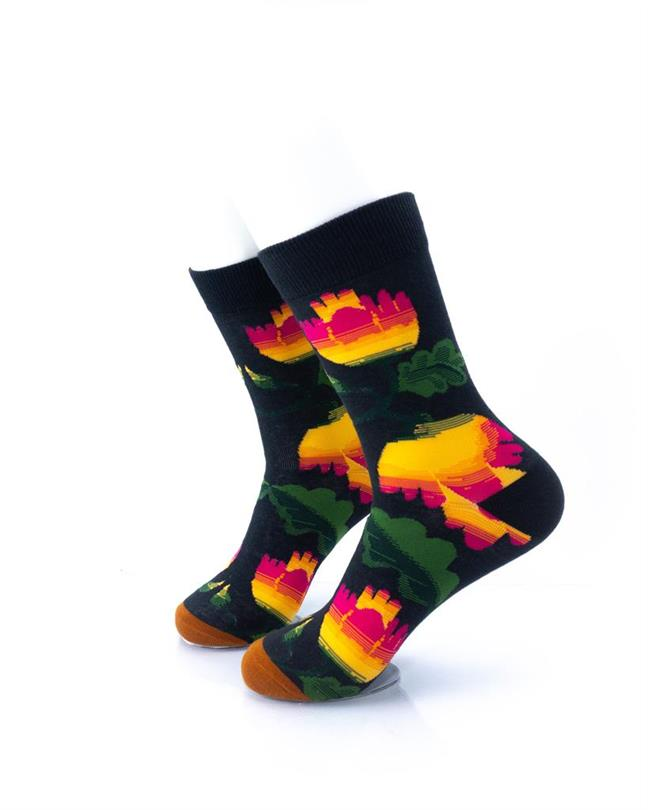 CoolDeSocks Flowers - Hibiscus Socks left view image