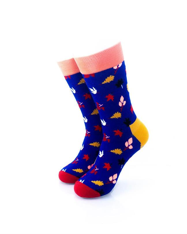 CoolDeSocks Leaves Pattern - Neon Socks front view image