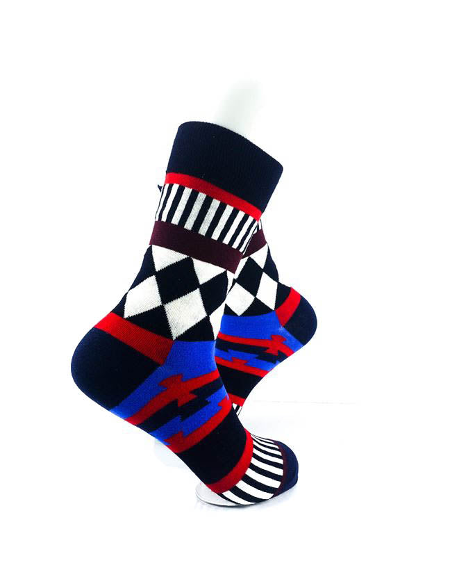 cooldesocks tribal checkered quarter socks right view image