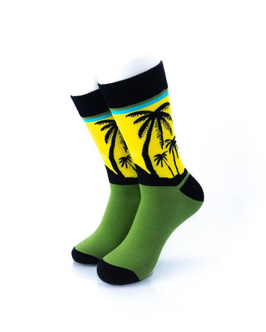 CoolDeSocks Tropical Lagoon Socks front view image