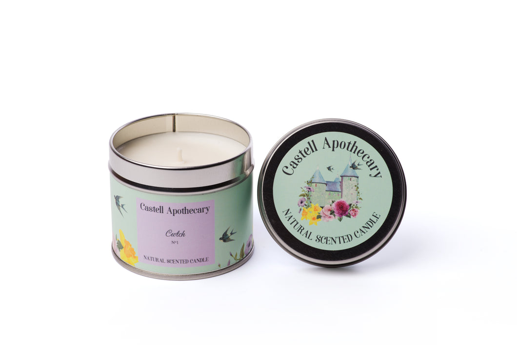 Castell Apothecary Cwtch Lotus & Lily Candle in a Tin