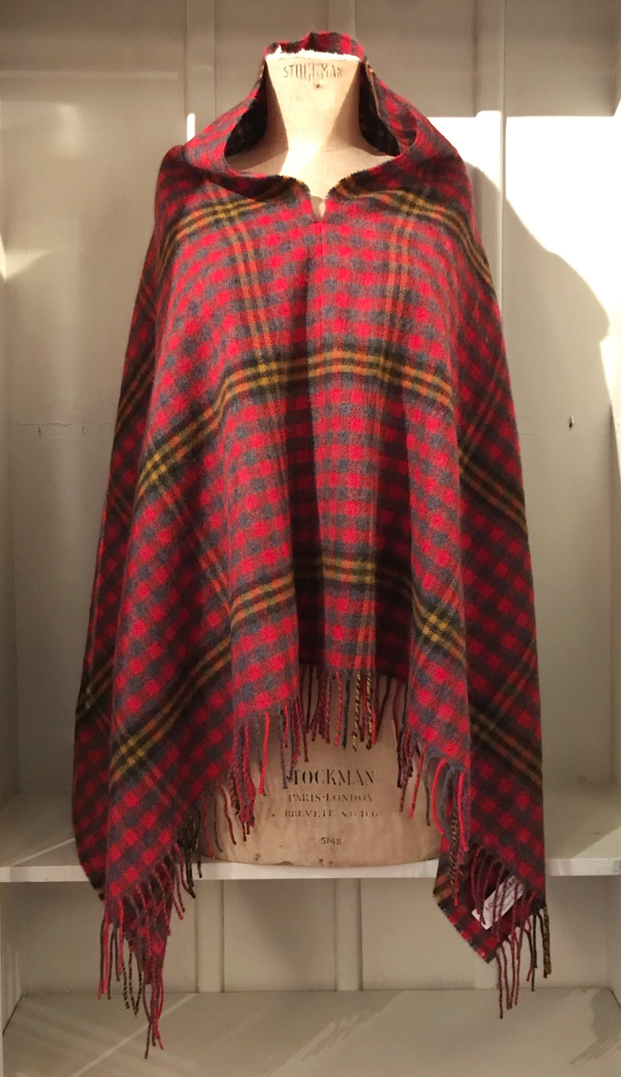 Loch Carron Georgia Poncho Red Red Rose