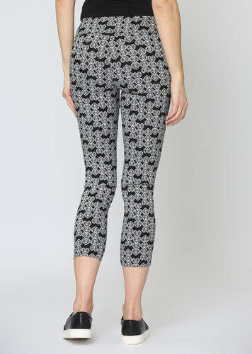 LISETTE L Heart Print Pull-On Crop Pant