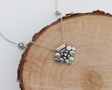 Load image into Gallery viewer, Bali Silver Pendant Necklace