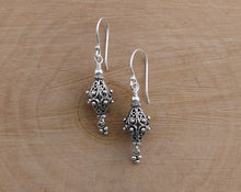 Load image into Gallery viewer, Turkish Filigree Earrings