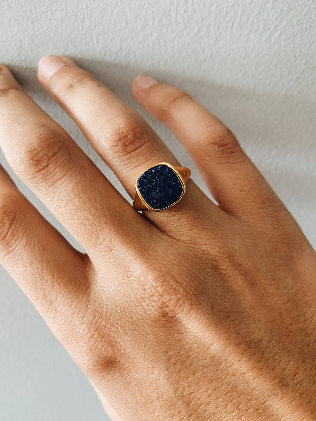 Lapis lazuli pinky ring for ladies gold
