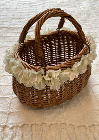 Classic Alice Basket - Handmade Vintage Inspired