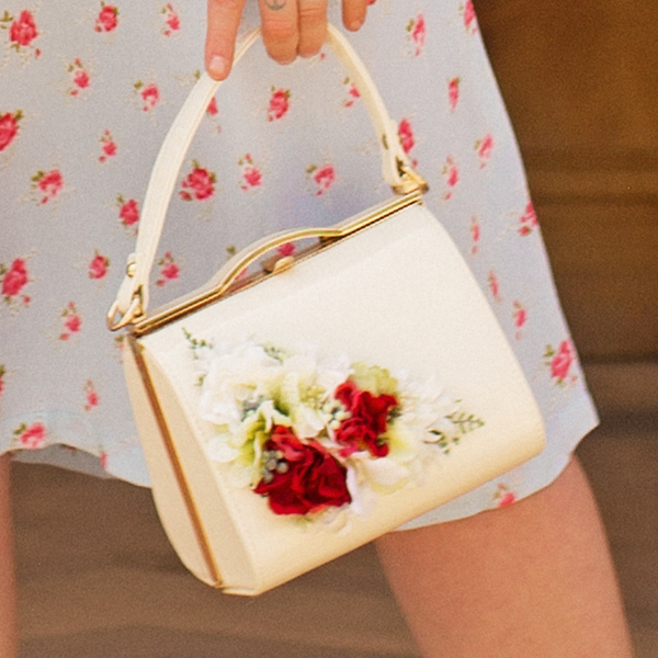 Classic Kelly Handbag in Cream with Blooms - Vintage Inspired