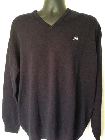 Lambswool V Neck Jumper in Navy with embroidered Leaping Stag Logo