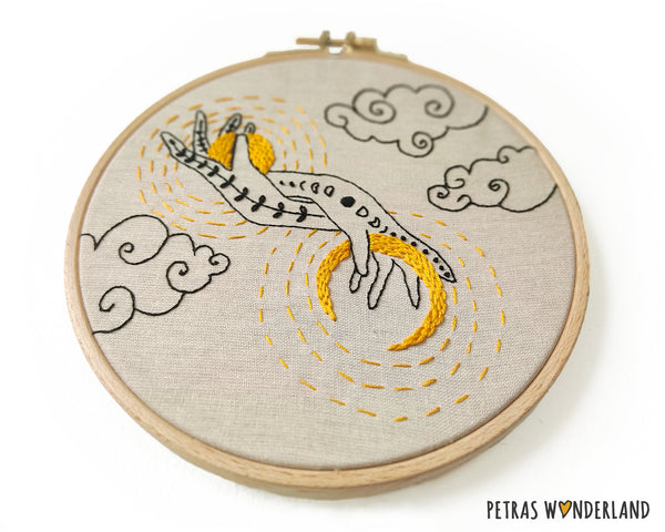 Sun and Moon in my Hands -  PDF embroidery pattern and tutorial 07