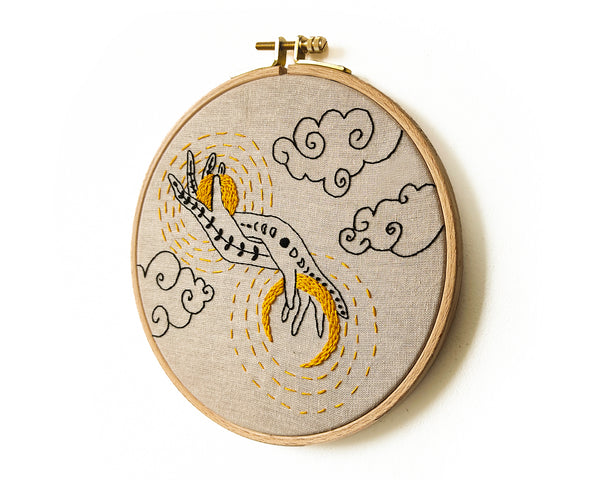 Sun and Moon in my Hands -  PDF embroidery pattern and tutorial 01