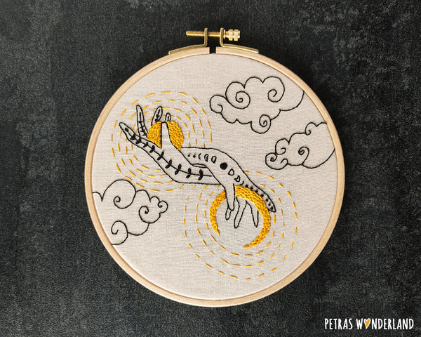 Sun and Moon in my Hands -  PDF embroidery pattern and tutorial 03