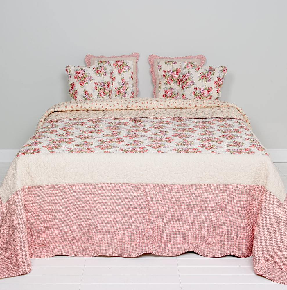 Classic English Rose Quilted Bedsprei 260 x 260 cm - roze/wit/rood