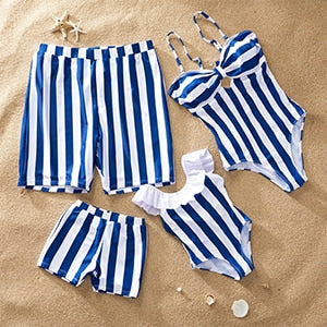 Photoshoot Family Royalty Beach Vacay Set (sold separately)