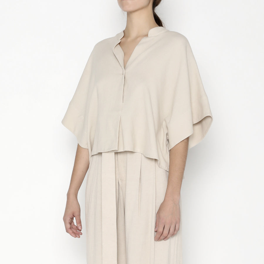 Mandarin V-Neck Top SS20 - Sand