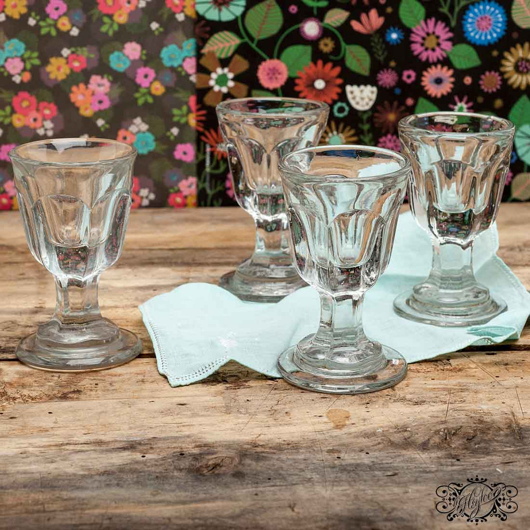 Set liqueur glasses