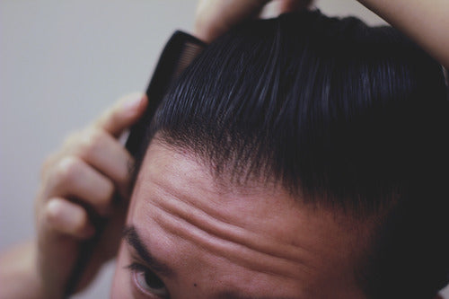 How to style a pompadour - Step 10