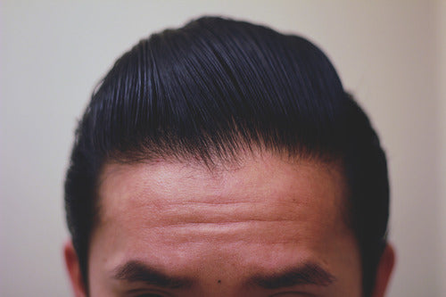 How to style a pompadour - Step 13